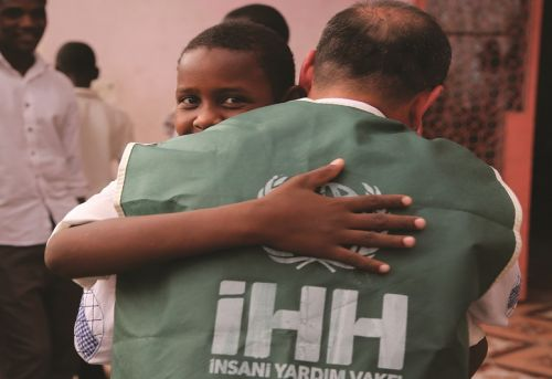 Broadening the Nongovernmental Humanitarian Mission The IHH and Mediation