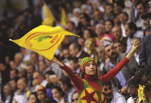 Identity Narrative and Frames Assessing Turkey s Kurdish Initiatives