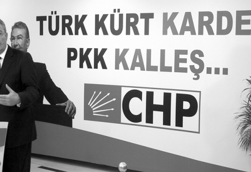 The CHP and the �Democratic Opening Reactions to AK Party